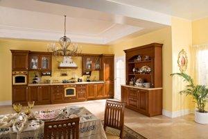 Кухня Бергонцо, Массив липы, Италия