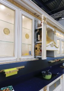 Кухня Лукреция Золотая массив Италия